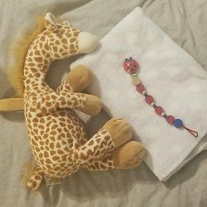 Cloud B Soothing Gentle Giraffe Baby Lot